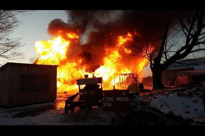 Amish House Fire_6935884410296159382