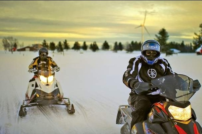Snowmobile_-7353053965470447719
