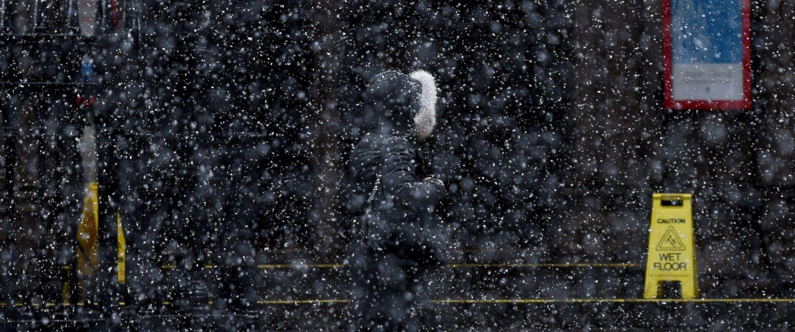 gty-snow-er-170313_12x5_1600_1489429662825.jpg