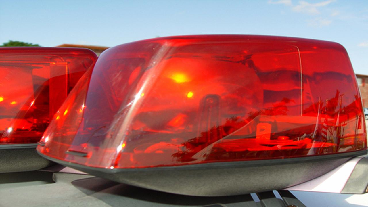 police car lights_1481728830250-159532.jpg41795122