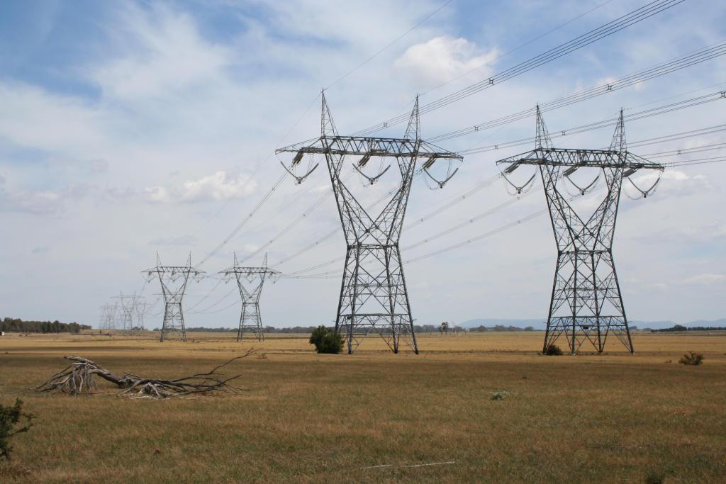 powerlines_1488983124557.jpeg