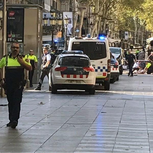 Barcelona van attack scene-159532.jpg29670478