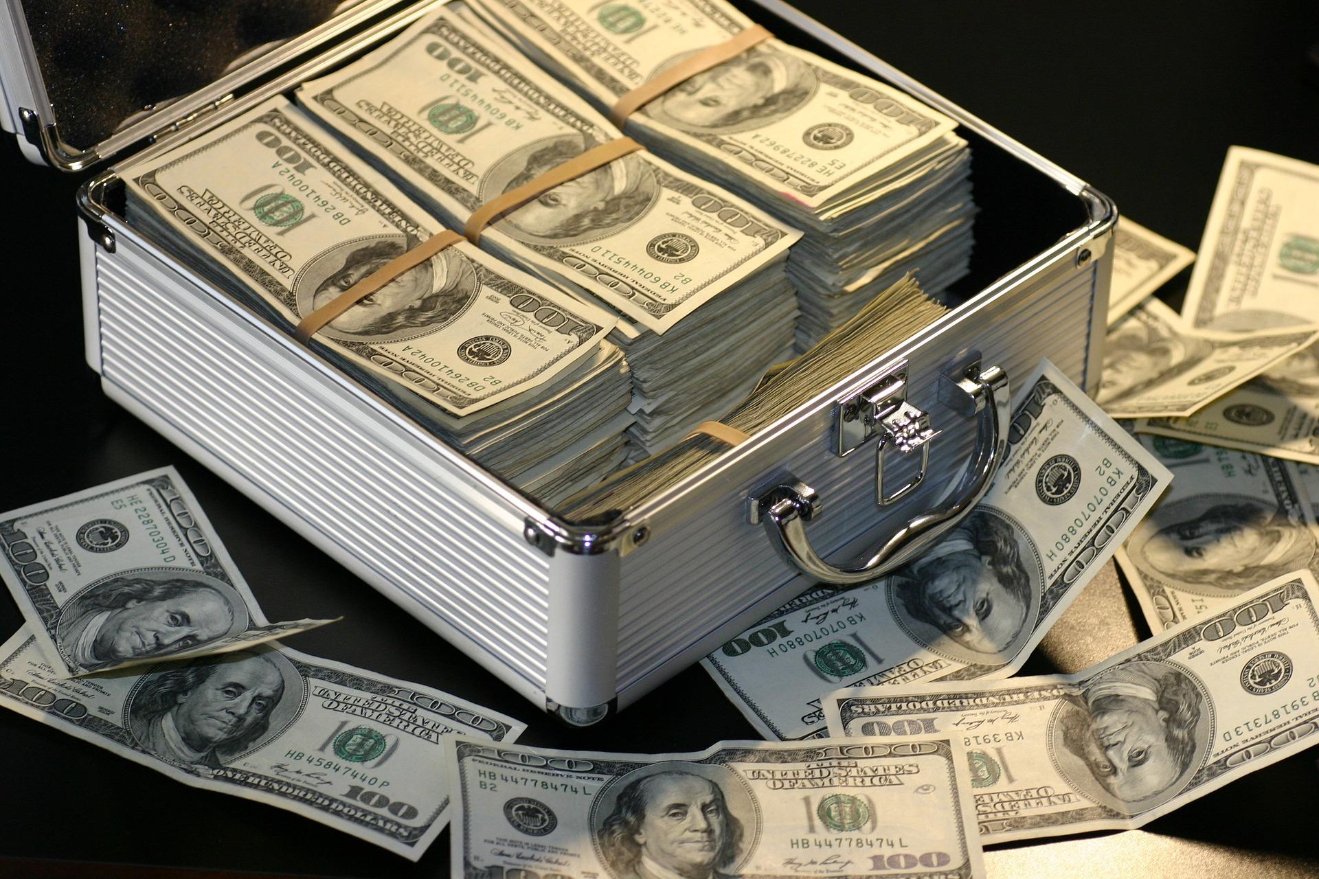money-1428594_1920_1517585203617.jpg