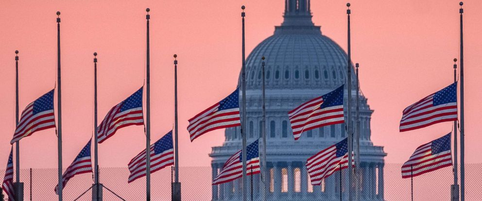 mccain-capitol-flags-ap-ps-180826_hpMain_12x5_992_1535372422943.jpg