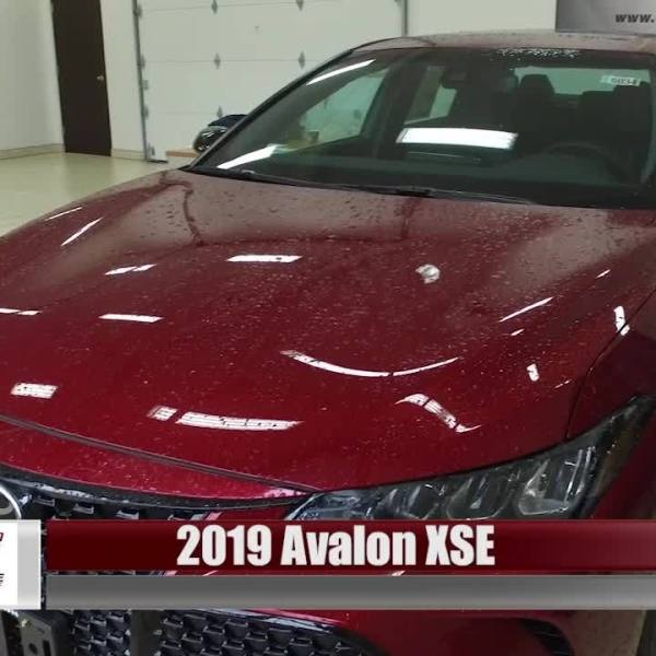 Two-Minute Test Drive - 2019 Toyota Avalon XSE