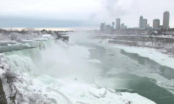 Parts_of_Niagara_Falls_freeze_due_to_col_2_68082802_ver1.0_640_360_1548252360506.jpg