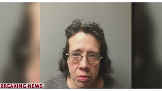 Police_find_body_of_decomposing_woman_co_0_72948760_ver1.0_1550502245437.jpg
