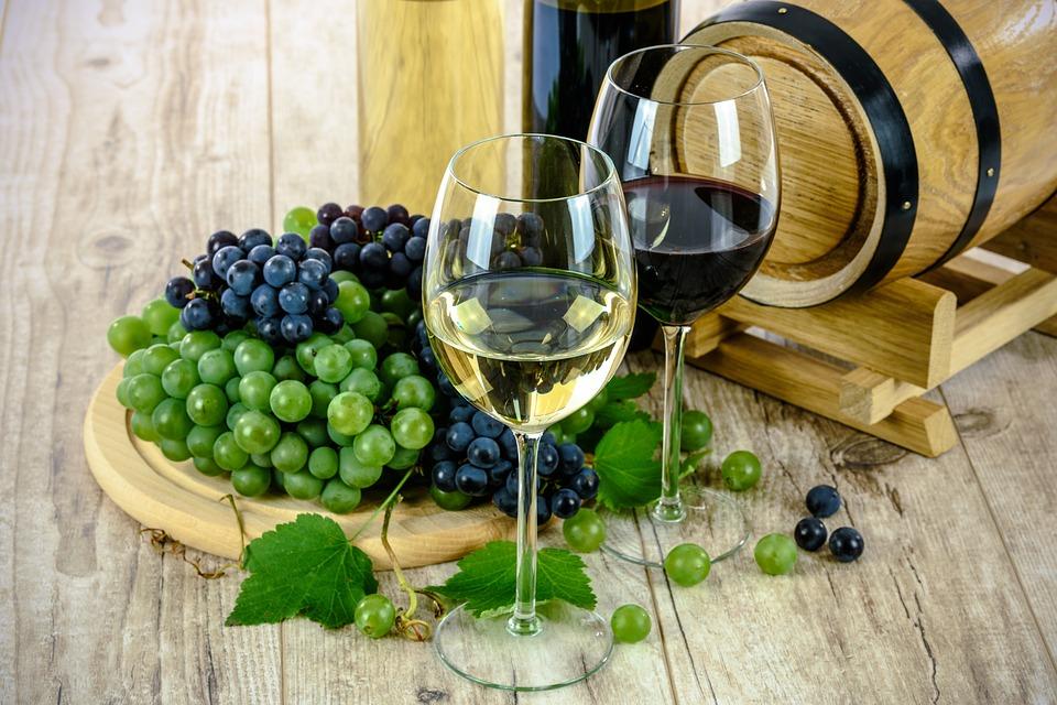 wine-1761613_960_720_1553181151870.jpg