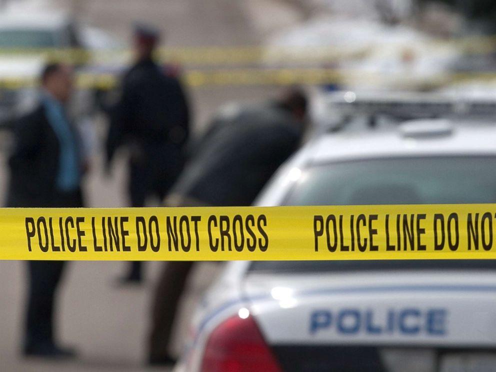 police-tape-er-181230_hpMain_4x3_992_1556802265935.jpg