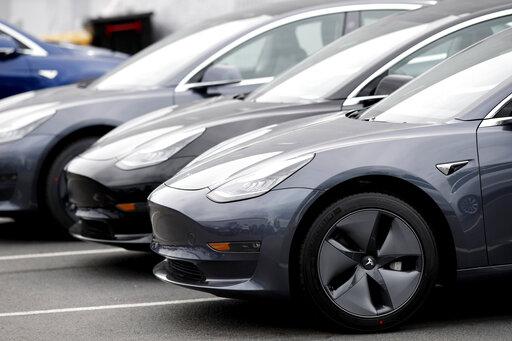 2019 Tesla Model 3, 2019 Tesla Model 3 sedans