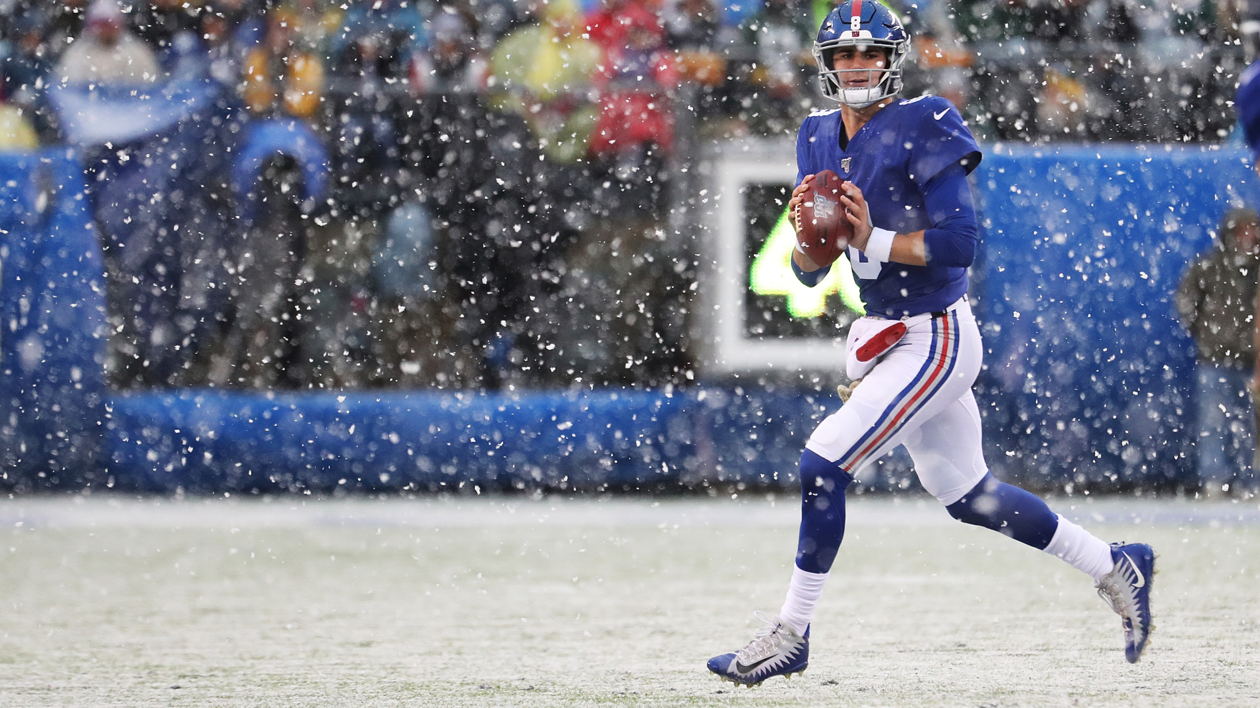 Giants Starting Qb Up In Air With Jones Back At Workout Wwti