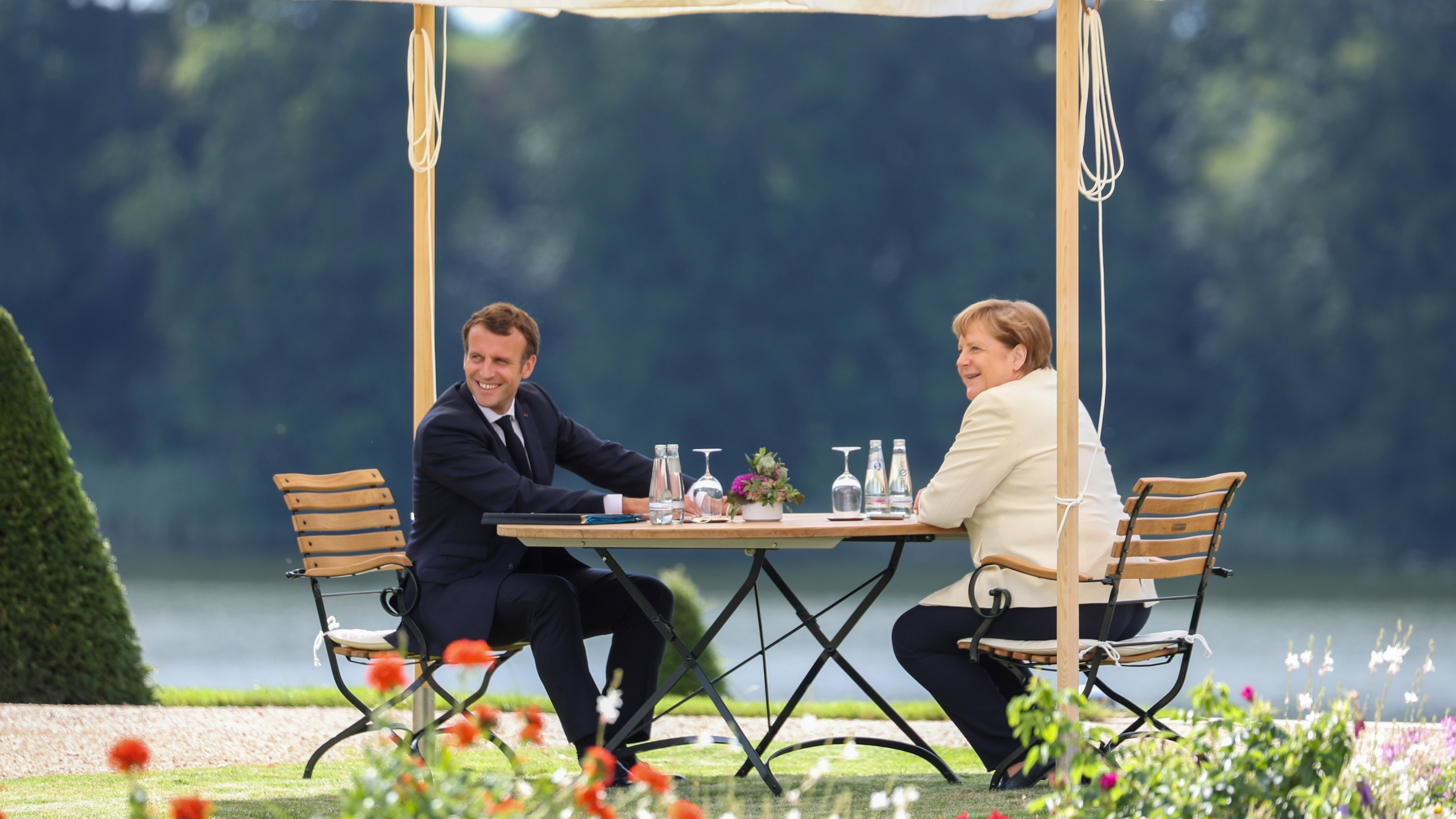 German Chancellor Merkel meets French President Macron ahead of Germany's EU Council Presidency